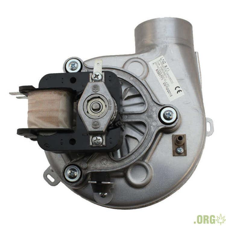 ventilyator-kotla-sime-25bf-30bf-6225634.800x800.thumb.jpg.c22956d48924a22c12fa6c9a89c74e87.jpg