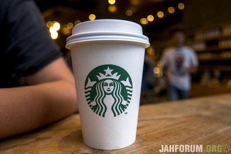 Starbucks будет монополистом на рынке кофе с CBD